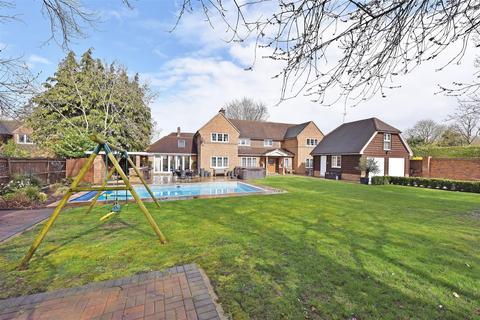 4 bedroom detached house for sale - Skippetts Lane East, Basingstoke