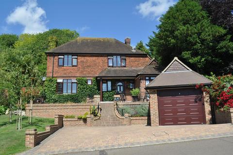 3 bedroom detached house for sale - Deneside, East Dean, Eastbourne