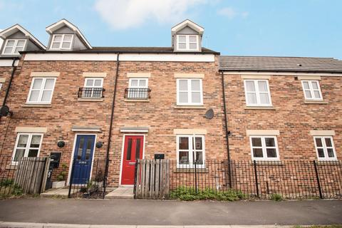 3 bedroom townhouse for sale - Amberdale Avenue, Newcastle Upon Tyne