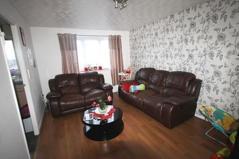 1 bedroom apartment for sale - Plumtree Close, Dagenham, RM10