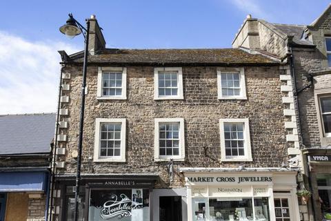 2 bedroom flat to rent - Horsemarket, Barnard Castle, County Durham