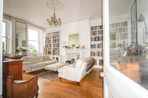 2 bedroom apartment for sale - Lewes Crescent, East Sussex
