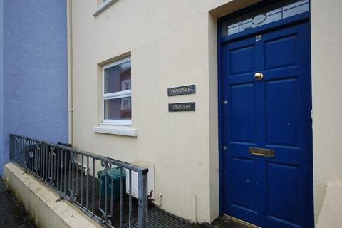 3 bedroom apartment for sale - Clareston Road, Tenby