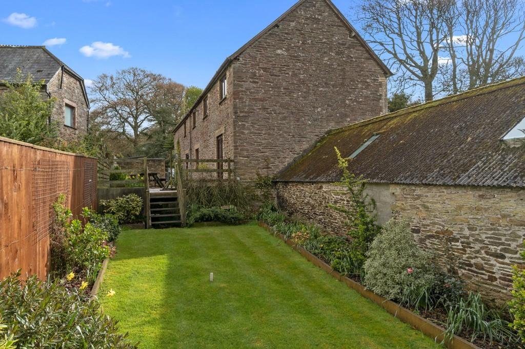 Looe Cornwall 4 Bed Barn Conversion For Sale 163 475 000