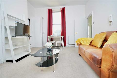 1 bedroom apartment to rent - Springfield Road, Brighton