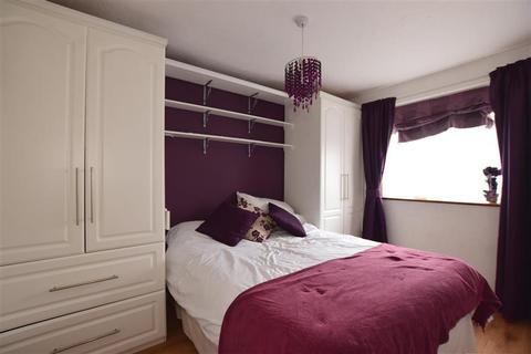 2 bedroom ground floor maisonette for sale - Secretan Road, Rochester, Kent