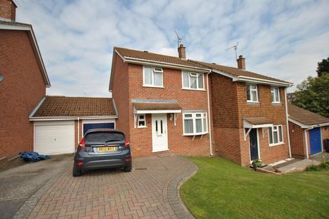 3 bedroom semi-detached house for sale - Bracken Close, Tilehurst, Reading, RG31 5WA