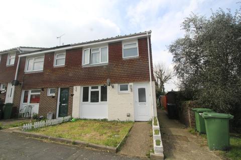 3 bedroom end of terrace house for sale - Hawkhurst Close, Langney, Eastbourne BN23