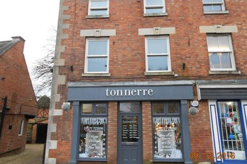 4 bedroom flat to rent - Catmose Street, Oakham LE15