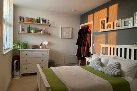 2 bedroom apartment to rent - BROMYARD HOUSE, Bromyard Avenue, London W3