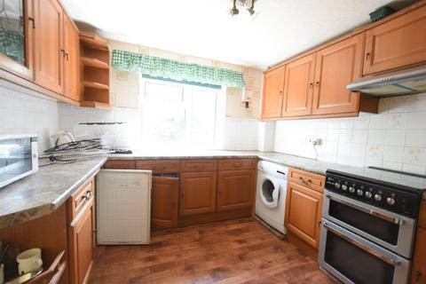 5 bedroom end of terrace house to rent - A Fantastic new 5 Bedroom all en-suite property in Harborne
