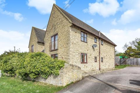 2 bedroom flat for sale - Eastfield Road, Witney, OX28