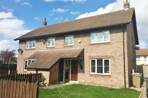 4 bedroom semi-detached house to rent - Meadowfield, Bubwith, Selby, East Riding of Yorkshire