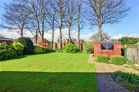 3 bedroom detached bungalow for sale - Selwyn Drive, Broadstairs, Kent