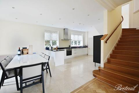5 bedroom detached house to rent - Howards Lane, London, SW15