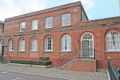 2 bedroom apartment to rent - Devington Park Exminster Exeter Devon