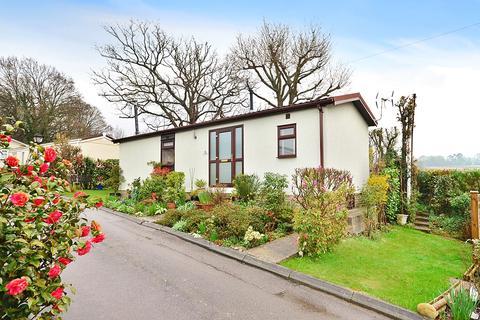 2 bedroom detached house for sale - Hedge Barton, Fordecombe, Tunbridge Wells, TN3