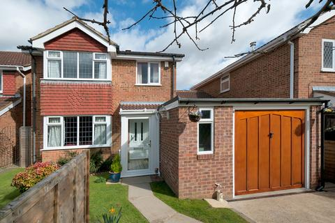 4 bedroom detached house for sale - Fulbert Drive, Bearsted