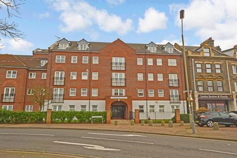 1 bedroom apartment for sale - Station Road, Clacton-On-Sea