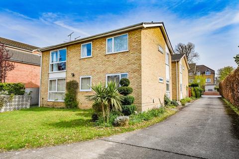 2 bedroom ground floor flat to rent - Camberley, Surrey