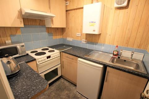 Studio to rent - Beaufort Mews, Bath, BA1 6QF