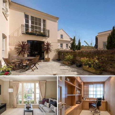 4 bedroom end of terrace house for sale - Gloucester Gate, Regent's Park, London, NW1