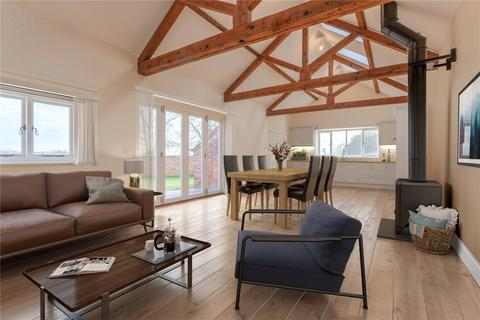 3 bedroom character property for sale - Ruston House, Chillesford Lodge Estate, Woodbridge, Suffolk, IP12