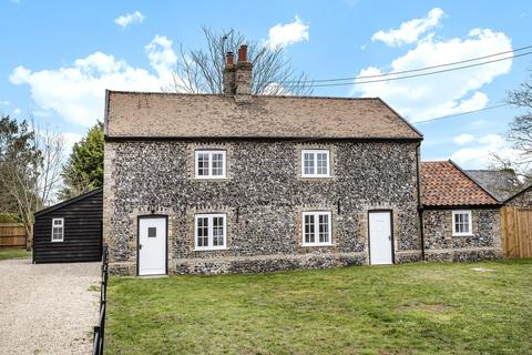 4 bedroom cottage for sale - The Street, Eriswell