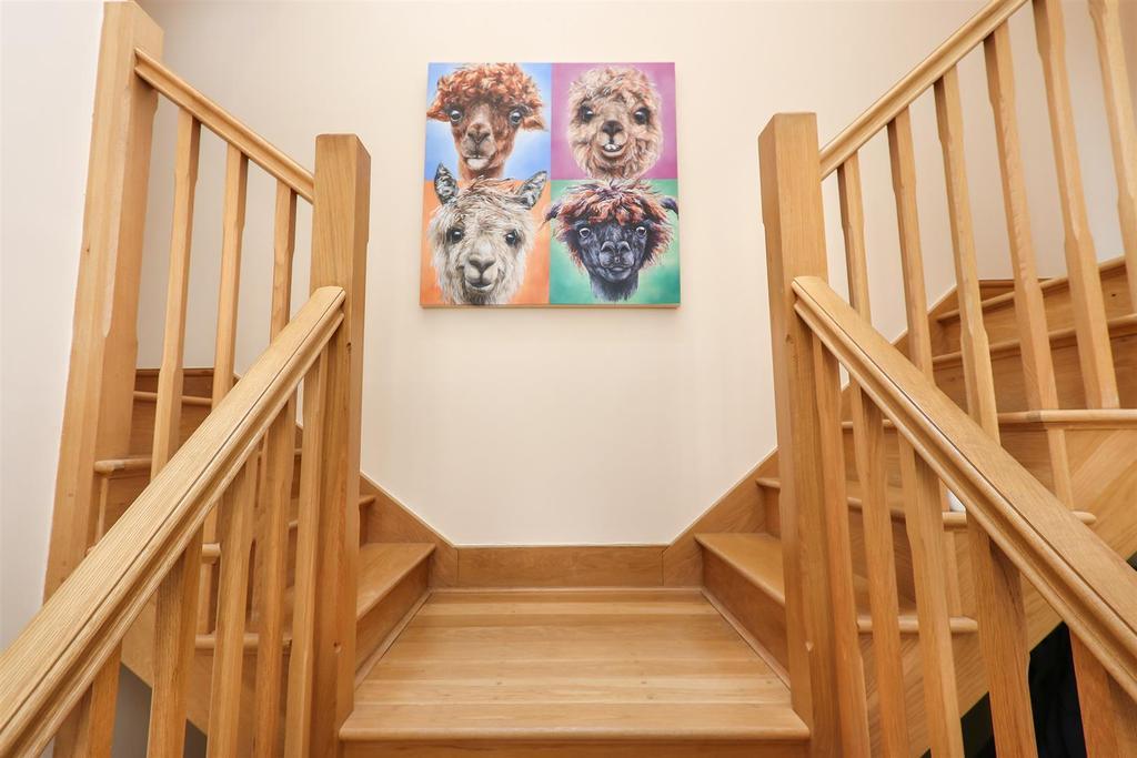 Staircase2.jpg