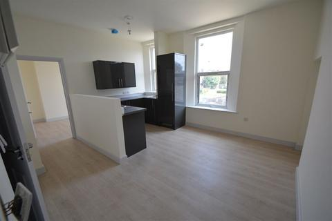 2 bedroom apartment to rent - Lincoln Road, Peterborough, PE1 2FA
