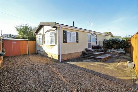 2 bedroom park home for sale - Riverside Park, West Drayton, Middlesex