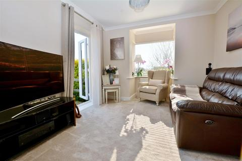 3 bedroom detached house for sale - Channel View Road
