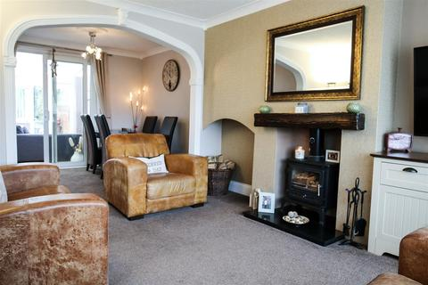 3 bedroom semi-detached house for sale - Farrington Avenue,East Herrington , Sunderland