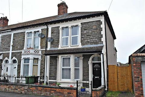 3 bedroom end of terrace house for sale - West Street, Kingswood, Bristol