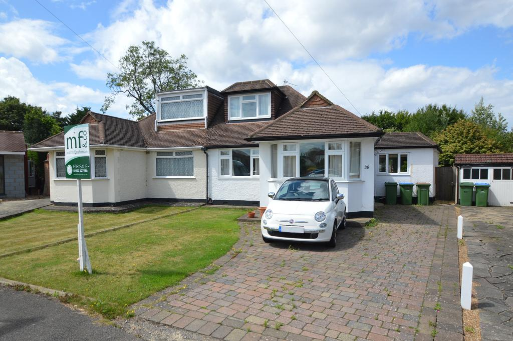 4 Bedrooms Semi Detached Bungalow for sale in King George Avenue, WALTON-ON-THAMES, Surrey