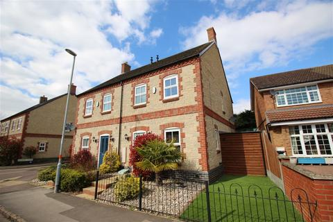3 bedroom semi-detached house for sale - High Street, Bozeat, Northamptonshire