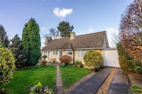 2 bedroom detached bungalow for sale - The Dell, Skelton, YORK