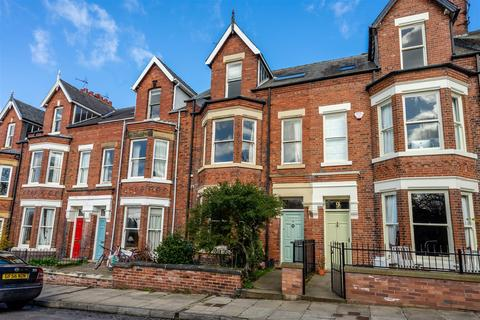 5 bedroom townhouse for sale - 8 Telford Terrace, YORK