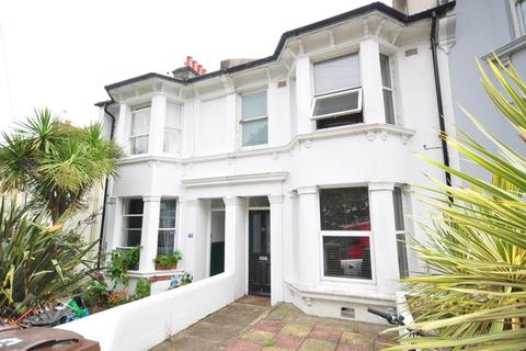 3 bedroom terraced house to rent - Princes Road Brighton BN2