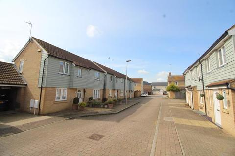 3 bedroom semi-detached house to rent - Bellamy Mews, Oxley Park