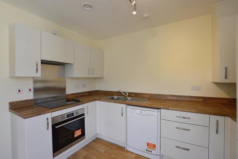 2 bedroom flat to rent - Marcroft Court, Radstock, Somerset, BA3