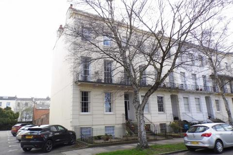 1 bedroom flat to rent - Clarence Square