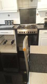 1 bedroom house share to rent - Battersea park, SW8 4DZ