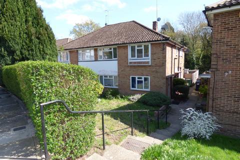 2 bedroom maisonette to rent - Vernon Crescent, East Barnet, EN4