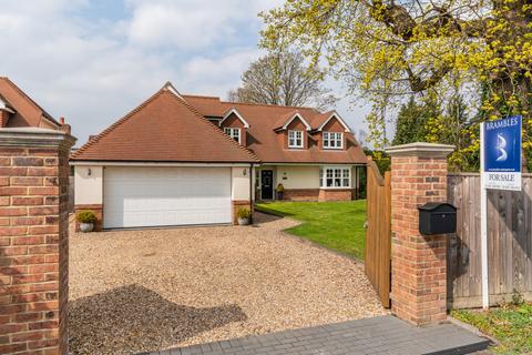 5 bedroom detached house for sale - Brook Lane, Warsash SO31