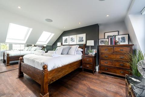 2 bedroom flat to rent - Balvernie Grove, Wandsworth, London, SW18