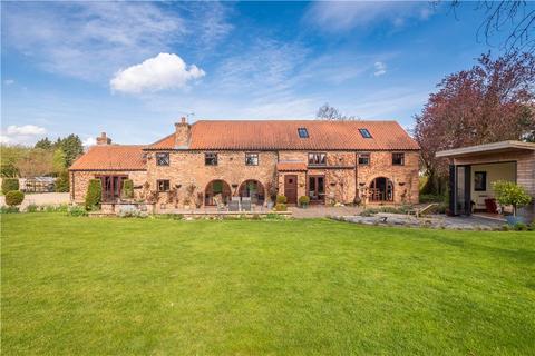 5 bedroom detached house for sale - The Old Barn, Main Street, Askham Richard, York, YO23