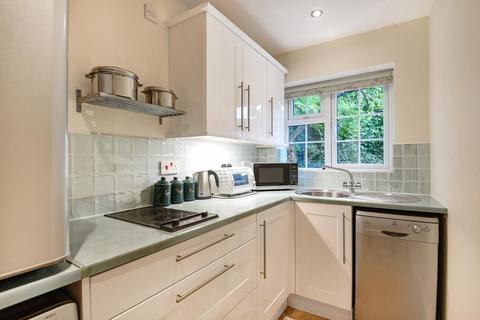 Studio to rent - Cherry Orchard Stoke Poges SL2 4PY