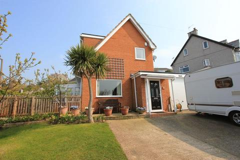 3 bedroom detached house for sale - Peulwys Road, Old Colwyn