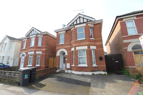 2 bedroom flat to rent - Capstone Road, Charminster, Bournemouth